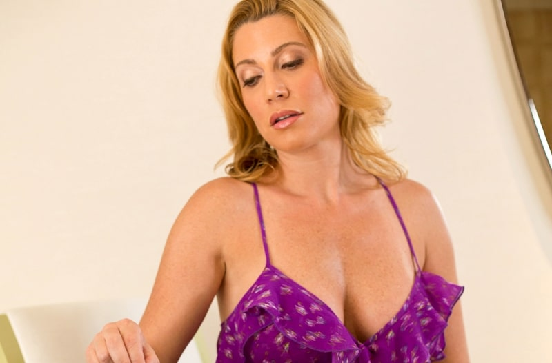 You are currently viewing Πρώτη φορά με Milf Escort