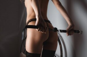 Read more about the article Παιχνίδια με strap on